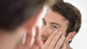 Яички мешают мужчинам быть долгожителями, заявляют эксперты